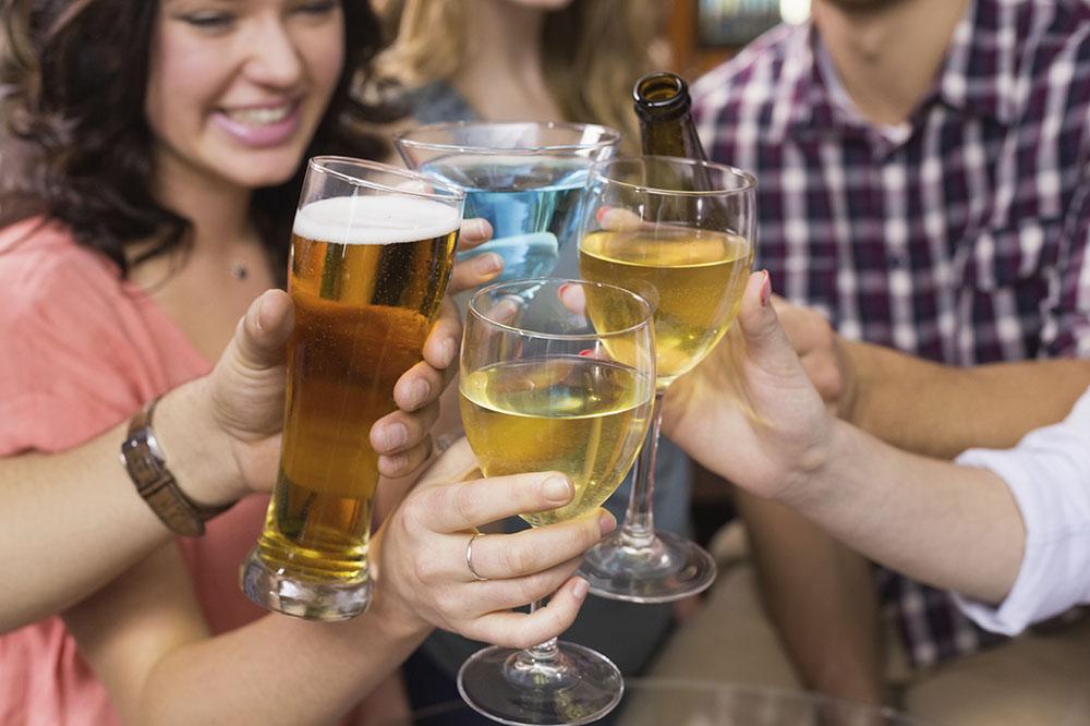 BeerWineSpiritsPeople-2716x1810