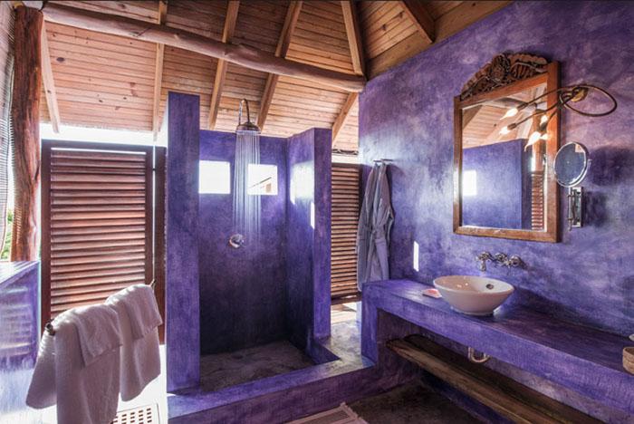 Laluna Resort Bathroom