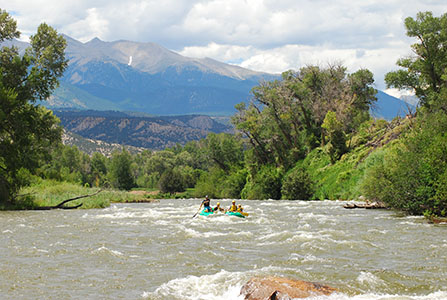 Stunning mountain views from the Arkansas River